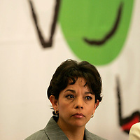 Toluca, Mex.- Maria Guadalupe Monter Flores, Secretaria de Educacion, durante la entrega de becas a docentes para un Diplomado en Formacion de Competencias, otorgadas por la Asociacion de Bancos de Mexico, Fundación Televisa y el Gobierno del Estado de México. Agencia MVT / Javier Rodriguez. (DIGITAL)<br /> <br /> <br /> <br /> NO ARCHIVAR - NO ARCHIVE