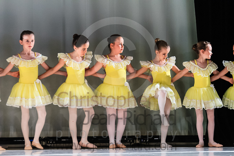 ART: 2015   Colours of Passion: We've Got The Power   Wednesday Rehearsal --<br /> <br /> Chicken Doodle-Doo<br /> <br /> choreography: Gretchen Bernard-Newburger<br /> 7-8 Jahre<br /> <br /> Students and Instructors of Atelier Rainbow Tanzkunst (http://www.art-kunst.ch/) rehearse on the stage of the Schinzenhof for a series of performances in June, 2015.<br /> <br /> Schinzenhof, Alte Landstrasse 24 8810 Horgen Switzerland