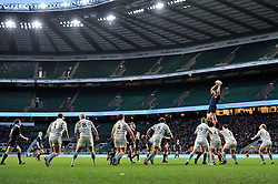 A general view of a lineout during the match - Photo mandatory by-line: Patrick Khachfe/JMP - Mobile: 07966 386802 11/12/2014 - SPORT - RUGBY UNION - London - Twickenham Stadium - Oxford University v Cambridge University - The Varsity Match
