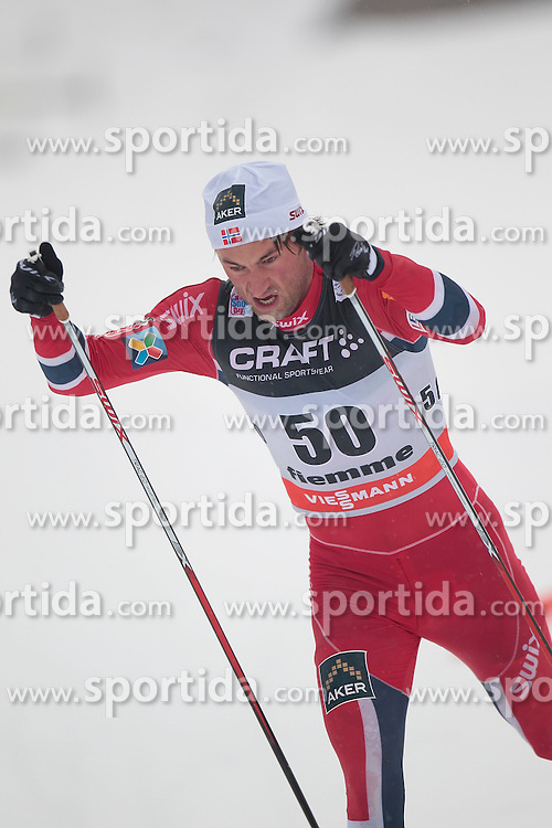 04.01.2014, Langlaufstadion, Lago di Tesero, ITA, FIS Langlauf Weltcup, Tour de Ski, Langlauf Herren, Individual Start 10Km, im Bild Northug Petter (NOR) // during the Men 10 km Cross Country of the Tour de Ski 2014 of FIS Cross Country World Cup at the Cross Country Stadium, Lago di Tesero, Italy on 2014/01/04. EXPA Pictures  ©  2014, PhotoCredit: EXPA/ Federico Modica