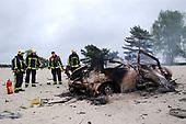 Auto explodeert in Soesterduinen