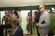 Billy Zane<br />Cartier International Polo 2000. Smiths Lawn.  31/7/00<br />© Copyright Photograph by Dafydd Jones 66 Stockwell Park Rd. London SW9 0DA Tel 020 7733 0108 www.dafjones.com