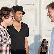 NLD/Amsterdam/20110430 - Koninginnedagconcert Radio 538, Guus Meeuwis, Alain Clark in gesprek met Armin van Buuren met zijn koninklijke onderscheiding