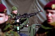 Schaarsbergen,6-4-2006..Presentatie van de ISAF eenheid die naar Uruzgan vertrekt...Foto Flip Franssen
