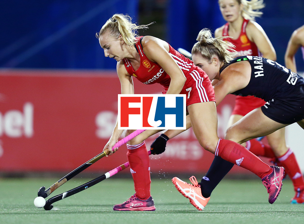 New Zealand, Auckland - 24/11/17  <br /> Sentinel Homes Women&rsquo;s Hockey World League Final<br /> Harbour Hockey Stadium<br /> Copyrigth: Worldsportpics, Rodrigo Jaramillo<br /> Match ID: 10310 - ENG-NZL<br /> Photo: (7) MARTIN Hannah against (2) HARRISON Samantha