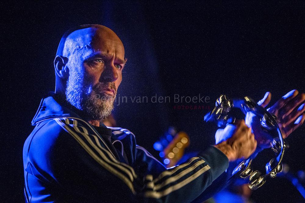 Nederland, Groningen 20150114. Avery Plains. Alternatieve pop/rock band uit Groningen . Jurgen Veenstra met tambourijn. foto: Pepijn van den Broeke