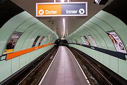 Glasgow, Scotland, UK. 1 April, 2020. Effects of Coronavirus lockdown on Glasgow life, Scotland. Empty platforms at station on the Glasgow Subway system