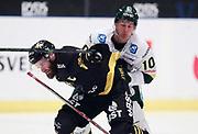 STOCKHOM 2017-10-18. Christian Sandberg i AIK och Emil Norberg i  IF Bj&ouml;rkl&ouml;ven under matchen i Hockeyallsvenskan mellan AIK och IF Bj&ouml;rkl&ouml;ven p&aring; Hovet, Stockholm, den 18 oktober 2017.<br /> Foto: Nils Petter Nilsson/Ombrello<br /> ***BETALBILD***