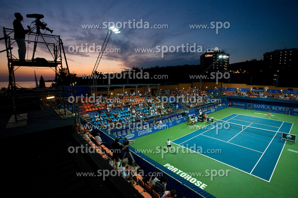Centre court at 1st Round of Banka Koper Slovenia Open WTA Tour tennis tournament, on July 21 2009, in Portoroz / Portorose, Slovenia. (Photo by Vid Ponikvar / Sportida)