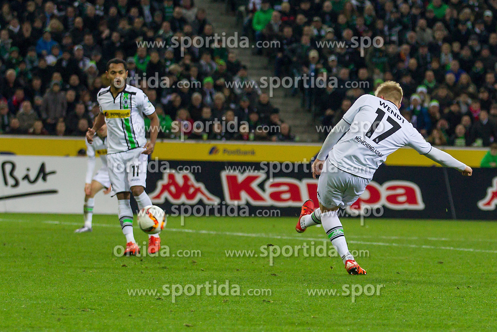 05.12.2015, Stadion im Borussia Park, Moenchengladbach, GER, 1. FBL, Borussia Moenchengladbach vs FC Bayern Muenchen, 15. Runde, im Bild Oscar Wendt (Borussia Moenchengladbach #17)mit dem Fuehrungs Tor zum 1:0 // during the German Bundesliga 15th round match between Borussia Moenchengladbach and FC Bayern Muenchen at the Stadion im Borussia Park in Moenchengladbach, Germany on 2015/12/05. EXPA Pictures &copy; 2015, PhotoCredit: EXPA/ Eibner-Pressefoto/ Sch&uuml;ler<br /> <br /> *****ATTENTION - OUT of GER*****