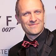 NLD/Amsterdam/20121028 - Inloop premiere nieuwe James Bond film Skyfall, Hugo Metsers jr. III