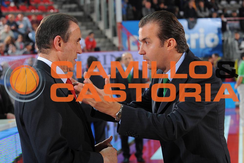 DESCRIZIONE : Varese Lega A 2010-11 Cimberio Varese Montepaschi Siena<br />GIOCATORE : Coach Carlo Recalcati Simone Pianigiani<br />SQUADRA : Cimberio Varese Montepaschi Siena<br />EVENTO : Campionato Lega A 2010-2011<br />GARA : Cimberio Varese Montepaschi Siena<br />DATA : 30/10/2010<br />CATEGORIA : Ritratto<br />SPORT : Pallacanestro<br />AUTORE : Agenzia Ciamillo-Castoria/A.Dealberto<br />Galleria : Lega Basket A 2010-2011<br />Fotonotizia : Varese Lega A 2010-11 Cimberio Varese Montepaschi Siena<br />Predefinita :