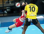 London Handball Cup - Angola vs Austria  - Isabel Sambovo Fernandes (ANG) , Joanna Dworaczyk (AUT)