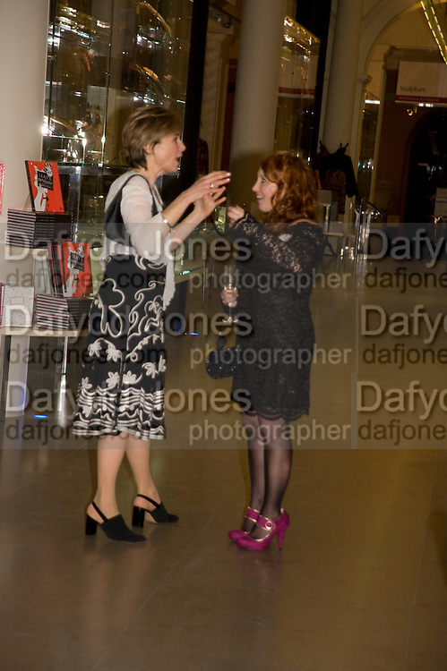 EVE WHITE; RUTH SABERTON, Orion Publishing Group Author Party. V & A. London. 18 February 2009.  *** Local Caption *** -DO NOT ARCHIVE -Copyright Photograph by Dafydd Jones. 248 Clapham Rd. London SW9 0PZ. Tel 0207 820 0771. www.dafjones.com<br /> EVE WHITE; RUTH SABERTON, Orion Publishing Group Author Party. V & A. London. 18 February 2009.