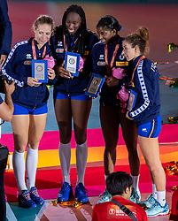 20-10-2018 JPN: Ceremony World Championship Volleyball Women day 21, Yokohama<br /> Ofelia Malinov #5 of Italy, Paola Ogechi Egonu #18 of Italy, Miryam Fatime Sylla #17 of Italy, Monica De Gennaro #6 of Italy