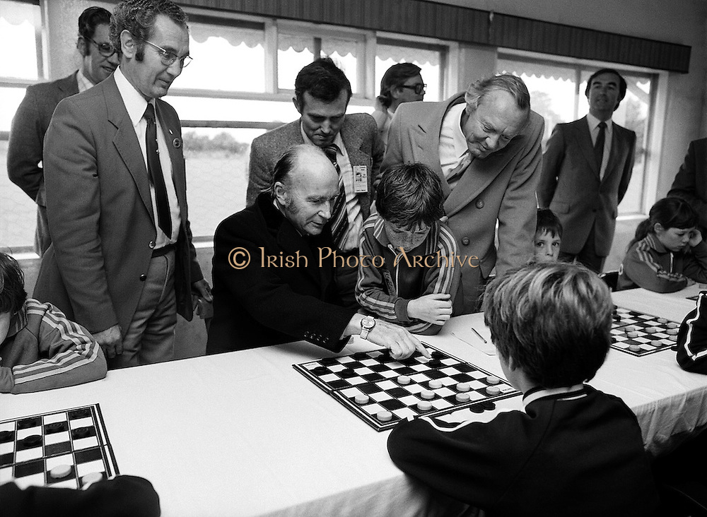 Passing on tactical advice: President Hillery visits the Community Games, Mosney, County Meath.<br />