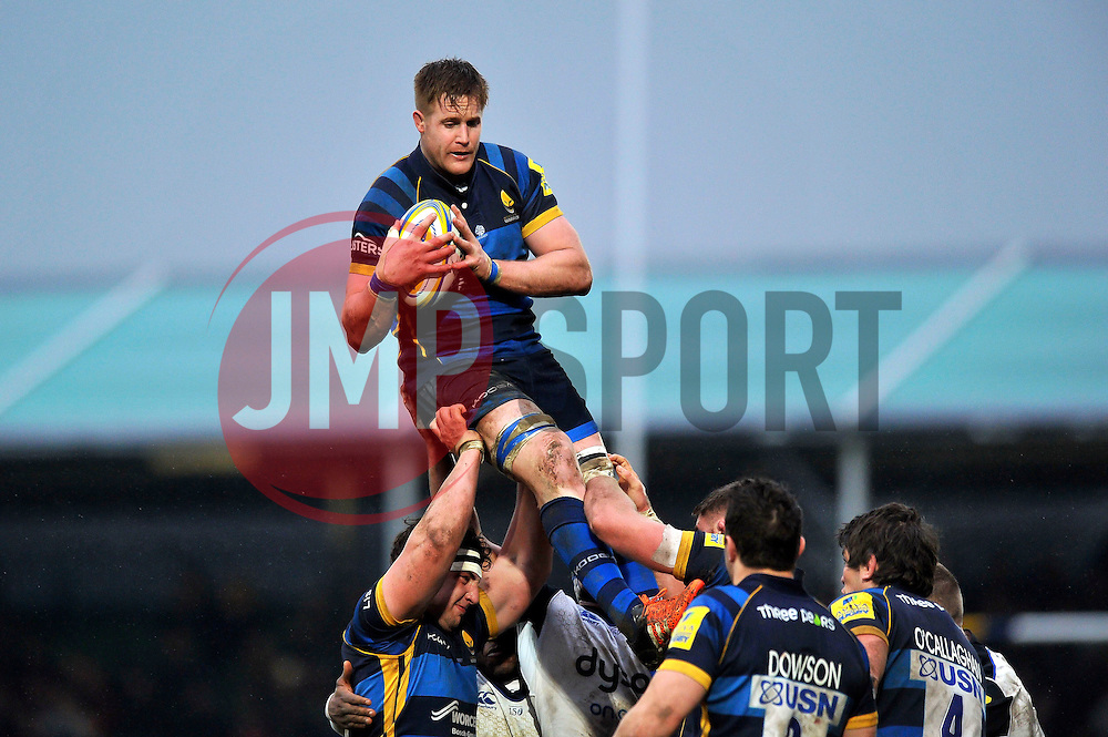 GJ van Velze of Worcester Warriors wins the ball at a lineout - Mandatory byline: Patrick Khachfe/JMP - 07966 386802 - 13/02/2016 - RUGBY UNION - Sixways Stadium - Worcester, England - Worcester Warriors v Bath Rugby - Aviva Premiership.