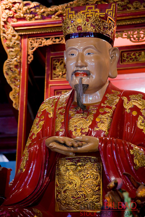 Confucius sculpture. Temple of the Literature.<br />