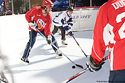 Hockey tournament 3 x 3 on Super Glide skating synthetic surface à Cresent St., Montréal, Québec, Canada, 2008 10 09. © Photo Marc Gibert / adecom.ca