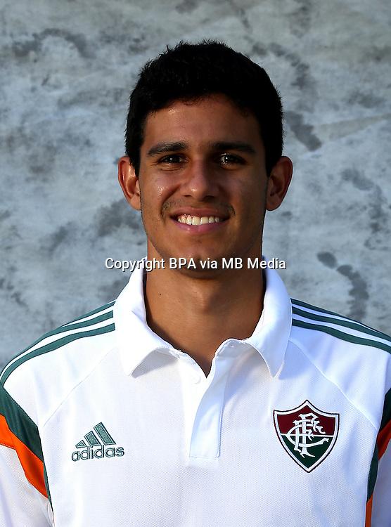 Brazilian Football League Serie A / <br /> ( Fluminense Football Club ) - <br /> Victor Oliveira