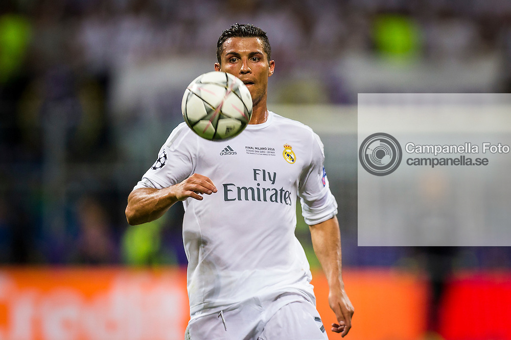 MILAN, ITALY - MAY 28: Cristiano Ronaldo of Real Madrid during the UEFA Champions League Final between Real Madrid and Atletico Madrid at Stadio Giuseppe Meazza on May 28, 2016 in Milan, Italy. (Photo by MICHAEL CAMPANELLA/Getty Images) *** Local Caption *** Cristiano Ronaldo