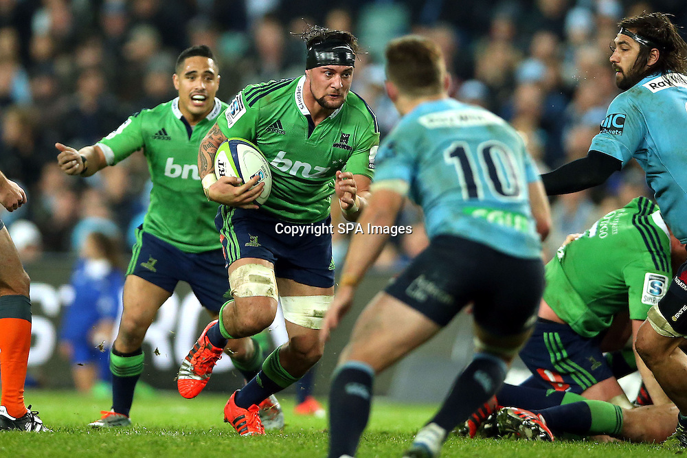 Elliot Dixon, NSW Waratahs v Otago Highlanders Semi Final. Sport Rugby Union Super Rugby Domestic Provincial. Allianz Stadium SFS. 27 June 2015. Photo by Paul Seiser/SPA Images