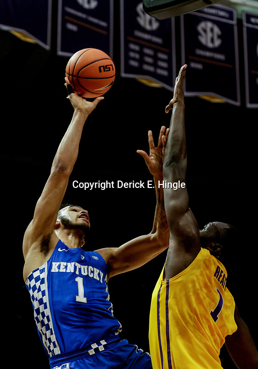 Jan 3, 2018; Baton Rouge, LA, USA; Kentucky Wildcats forward Sacha Killeya-Jones (1) shoots over LSU Tigers forward Duop Reath (1) during the first half at the Pete Maravich Assembly Center. Mandatory Credit: Derick E. Hingle-USA TODAY Sports