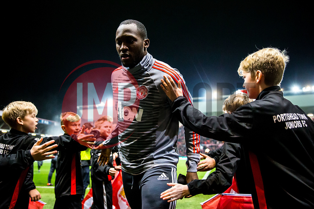Romelu Lukaku of Manchester United comes in from the warmup - Rogan/JMP - 20/12/2017 - Ashton Gate Stadium - Bristol, England - Bristol City v Manchester United - Carabao Cup Quarter Final.
