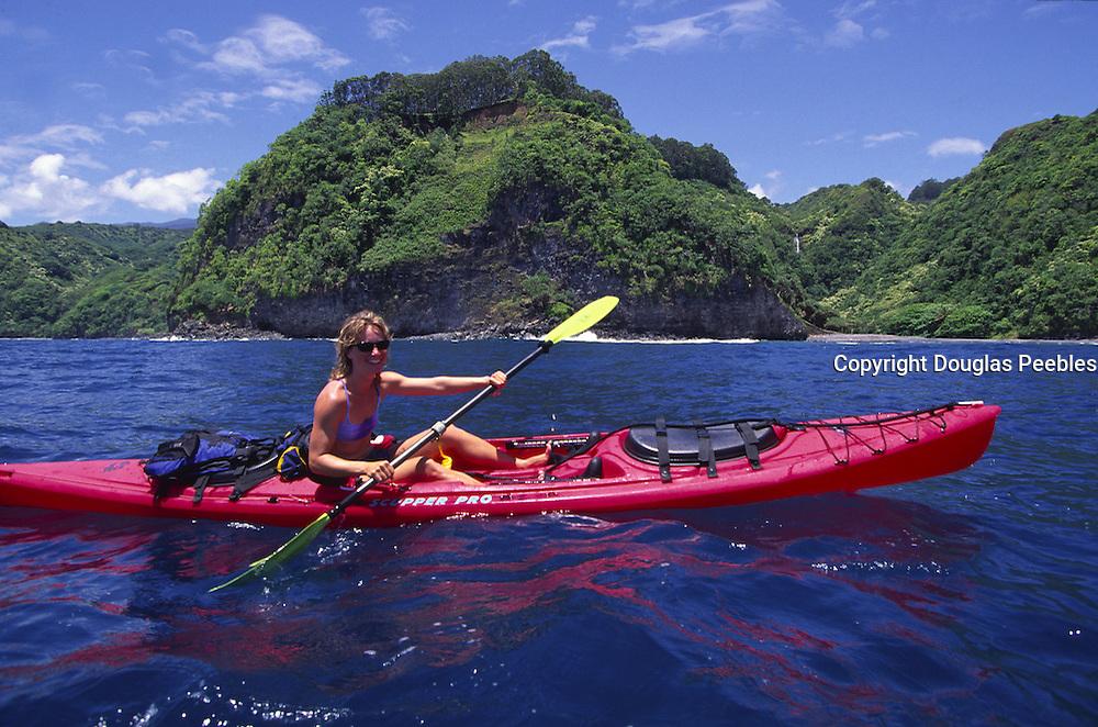 Kayaking, Hana Coast, Maui, Hawaii<br />