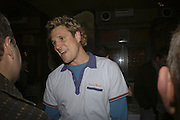 James Cracknell, Drinks at OQO, Islington Green  after  screening of ' Once In a Lifetime-Thje extraordinary Story of the New York Cosmos at the Screen On the Green, Islington. London. 15 May 2006. ONE TIME USE ONLY - DO NOT ARCHIVE  © Copyright Photograph by Dafydd Jones 66 Stockwell Park Rd. London SW9 0DA Tel 020 7733 0108 www.dafjones.com