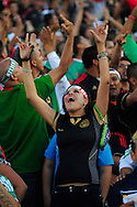 Mexican soccer fans cheer before the start of the CONCACAF Gold Cup Final soccer match between Mexico and the United States at the Rose Bowl in Pasadena, California June 25, 2011. Fotos IL: WIlton CASTILLO