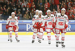 09.10.2016, Merkur Eisarena, Graz, AUT, EBEL, Moser Medical Graz 99ers vs EC KAC, 8. Runde, im Bild von links Steven Strong (#24, EC KAC), Martin Schumnig (#28, EC KAC), Ziga Pance (#13, EC KAC) und Manuel Ganahl (#17, EC KAC) // during the Erste Bank Icehockey League 8th Round match between Moser Medical Graz 99ers and EC KAC at the Merkur Ice Arena, Graz, Austria on 2016/10/09, EXPA Pictures © 2016, PhotoCredit: EXPA/ Erwin Scheriau