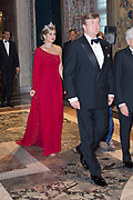 Staatsbezoek van Koning en Koningin aan de Republiek Italie - dag 1 - Rome /// State visit of King and Queen to the Republic of Italy - Day 1 - Rome<br /> <br /> Op de foto / On the photo: Koning Willem-Alexander en koningin Maxima voorafgaand aan het staatsbanket met president Sergio Mattarella van Italie en zijn dochter Laura Mattarella<br /> <br /> King William Alexander and Queen Maxima prior to the State Bank with President Sergio Mattarella of Italy and his daughter Laura Mattarella