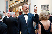 WOLFGANG TILLMANS, Royal Academy of Arts Annual dinner. Royal Academy. Piccadilly. London. 1 June <br /> <br />  , -DO NOT ARCHIVE-© Copyright Photograph by Dafydd Jones. 248 Clapham Rd. London SW9 0PZ. Tel 0207 820 0771. www.dafjones.com.