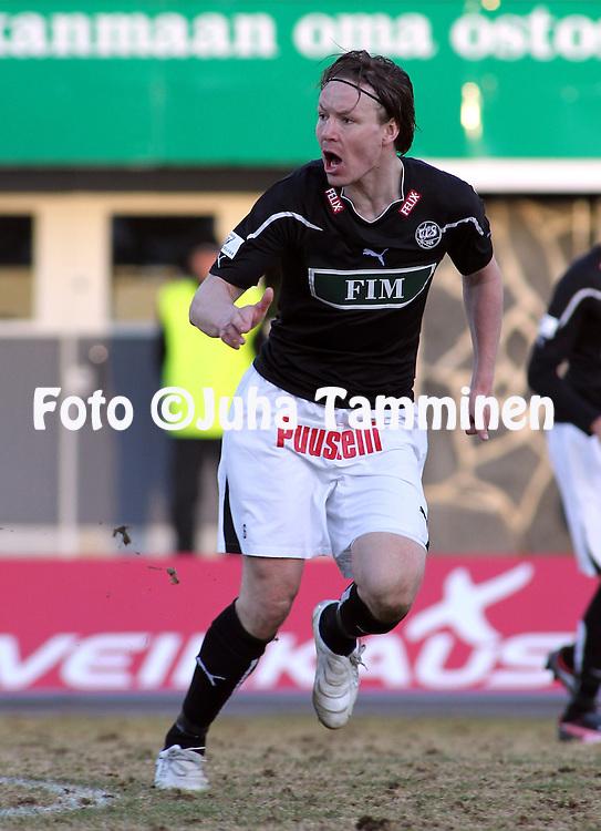 19.04.2010, Tehtaankentt?, Valkeakoski..Veikkausliiga 2010, FC Haka - FC TPS Turku..Jaakko Nyberg - TPS.©Juha Tamminen.