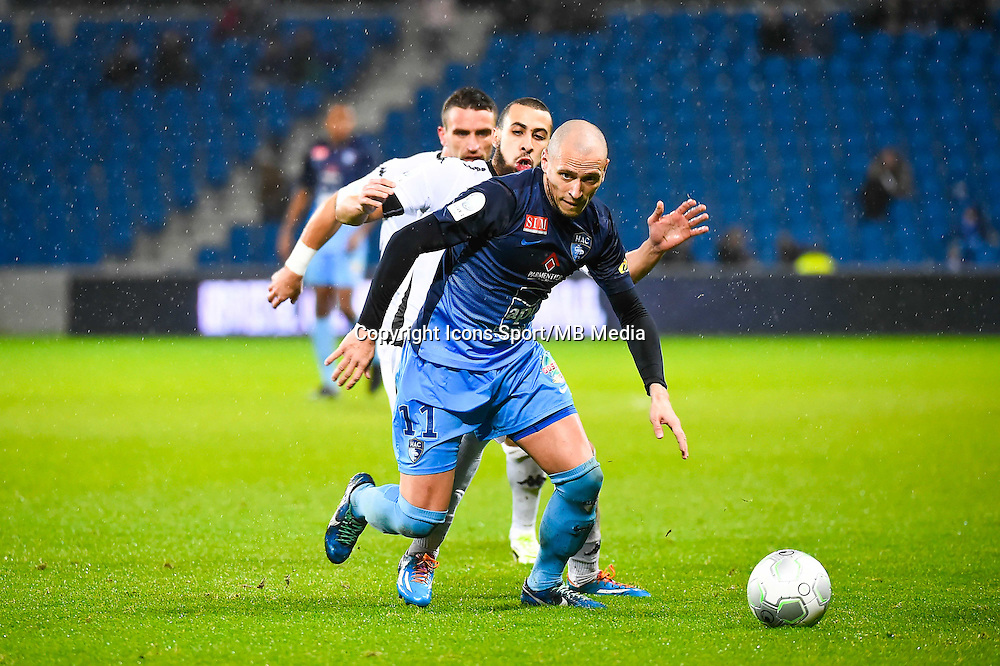 Ludovic GAMBOA / Fouad CHAFIK  - 12.12.2014 - Le Havre / Laval - 17eme journee de Ligue 2 <br /> Photo : Fred Porcu / Icon Sport