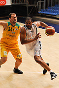 DESCRIZIONE : Cantu' Lega A 2009-10 Amichevole NGC Medical Cantu' SAV Basket Vacallo<br /> GIOCATORE : Jerry Green<br /> SQUADRA : NGC Medical Cantu'<br /> EVENTO : Campionato Lega A 2009-2010<br /> GARA : NGC Medical Cantu' SAV Basket Vacallo<br /> DATA : 05/09/2009<br /> CATEGORIA : Palleggio<br /> SPORT : Pallacanestro <br /> AUTORE : Agenzia Ciamillo-Castoria/D.Pescosolido