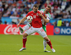PARIS, FRANCE - Saturday, June 25, 2016: Wales' Sam Vokes in action against Northern Ireland during the Round of 16 UEFA Euro 2016 Championship match at the Parc des Princes. (Pic by David Rawcliffe/Propaganda)