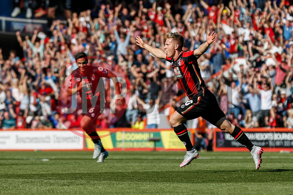 Goal, Bournemouth's Matt Ritchie scores, Bournemouth 2-0 Sunderland - Mandatory by-line: Jason Brown/JMP - Mobile 07966 386802 19/09/2015 - SPORT - FOOTBALL - Bournemouth, Vitality Stadium - AFC Bournemouth v Sunderland - Barclays Premier League