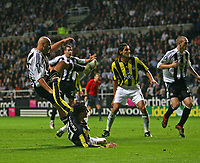 Photo: Andrew Unwin.<br /> Newcastle United v Fenerbahce. UEFA Cup. 19/10/2006.<br /> Newcastle's Antoine Sibierski (L) fires home his team's first goal.