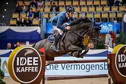 MUFF Werner (SUI), Jolie v. Molenhof<br /> München - Munich Indoors 2019<br /> CSI4* - IDEE KAFFEE Preis (Große Tour)<br /> Zwei-Phasen Springprüfung, international<br /> Höhe: 1.45m<br /> 22. November 2019<br /> © www.sportfotos-lafrentz.de/Stefan Lafrentz