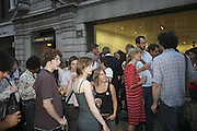 Gimpel Fils 60th Anniversary Exhibition. Davies St. London. 27 July 2006. ONE TIME USE ONLY - DO NOT ARCHIVE  © Copyright Photograph by Dafydd Jones 66 Stockwell Park Rd. London SW9 0DA Tel 020 7733 0108 www.dafjones.com