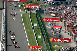 SPA FRANCORCHAMPS, BELGIUM - Sunday, August 30, 2009: The start of the Belgian Grand Prix at the  Circuit of Spa Francorchamps. (Photo by Juergen Tap/Hochzwei/Propaganda)