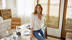 Malibu: Cindy Crawford Shows off her Home - 16 Aug 2017