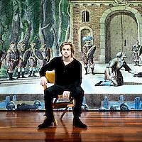 Nederland, Zutphen, 09-10-2010.<br /> Sanne den Hartogh die Hamlet speelt in Hamlet.<br /> Foto : Klaas Jan van der Weij