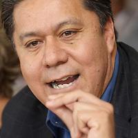 TOLUCA, México.- Emilio Ulloa Pérez, miembro de la dirigencia nacional del Partido Convergencia, se pronuncio por integrar una gran alianza opositora en el Estado de México, y dijo que solo de esa manera se podrá derrotar al PRI y al gran elector en el que se ha convertido el gobierno estatal. Agencia MVT / Crisanta Espinosa. (DIGITAL)