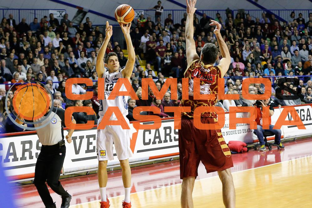 DESCRIZIONE : Venezia Lega A 2015-16 Umana Reyer Venezia Dolomiti Energia Trentino<br /> GIOCATORE : Diego Flaccadori<br /> CATEGORIA : Tiro<br /> SQUADRA : Umana Reyer Venezia Dolomiti Energia Trentino<br /> EVENTO : Campionato Lega A 2015-2016<br /> GARA : Umana Reyer Venezia Dolomiti Energia Trentino<br /> DATA : 28/12/2015<br /> SPORT : Pallacanestro <br /> AUTORE : Agenzia Ciamillo-Castoria/G. Contessa<br /> Galleria : Lega Basket A 2015-2016 <br /> Fotonotizia : Venezia Lega A 2015-16 Umana Reyer Venezia Dolomiti Energia Trentino