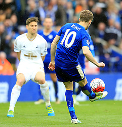 Andy King of Leicester City fires a shot at goal  - Mandatory by-line: Matt McNulty/JMP - 24/04/2016 - FOOTBALL - King Power Stadium - Leicester, England - Leicester City v Swansea City - Barclays Premier League
