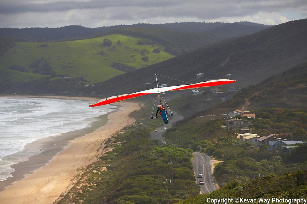 hang gliding at Moggs Creek