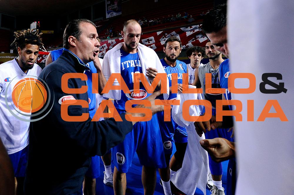 DESCRIZIONE : Tbilisi Nazionale Italia Uomini Tbilisi City Hall Cup Italia Italy Lettonia Latvia<br /> GIOCATORE : Simone Pianigiani<br /> CATEGORIA : allenatore timeout<br /> SQUADRA : Italia Italy<br /> EVENTO : Tbilisi City Hall Cup<br /> GARA : Italia Lettonia Italy Latvia<br /> DATA : 14/08/2015<br /> SPORT : Pallacanestro<br /> AUTORE : Agenzia Ciamillo-Castoria/Max.Ceretti<br /> Galleria : FIP Nazionali 2015<br /> Fotonotizia : Tbilisi Nazionale Italia Uomini Tbilisi City Hall Cup Italia Italy Lettonia Latvia